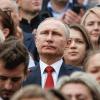 """Левада-Центр: Путин останется у власти """"хотят люди этого или нет"""""""